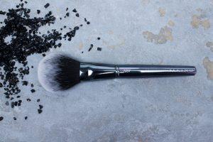 Maiko-brochas-1004- luxury- grey-monica-vizuete