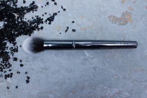Maiko-brochas-1006- luxury- grey-monica-vizuete