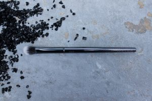 Maiko-brochas-1003- luxury- grey-monica-vizuete