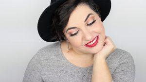 Monica-Vizuete-Swatches-Pierre-Rene-Royal-Mate-lipstick-18-Aurora-Red