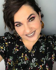 💓Sigo malita y con la sonrisa puesta💓  Éste es uno de los vídeos que he grabado hoy! 💓 Feliz viernes💓 . . . . Por si os interesa lo que llevo en la piel, aunque deciros que está todo grabado con estos productos y muchos más: 💋 L'absolute Rouge 03 @beautyexpertlancome 💋Máscara de pestañas #monsieurbig #lancomespain 💋Base Everlasting Youth Fluid @clarinsespana 💋Paleta Tammix @makeuprevolutiones . . . #makeupartist #makeupjunkie #greenmakeup #rubycream